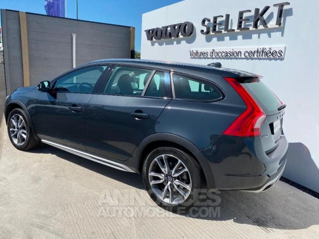 Volvo V60 D4 AWD 190ch Pro Geartronic Gris Saville Occasion - 1