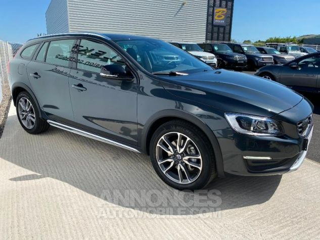 Volvo V60 D4 AWD 190ch Pro Geartronic Gris Saville Occasion - 8