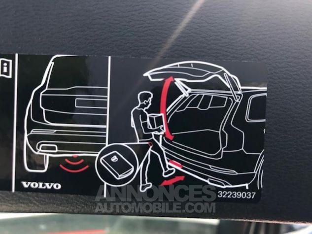 Volvo XC40 D3 AdBlue 150ch Momentum Noir Occasion - 10