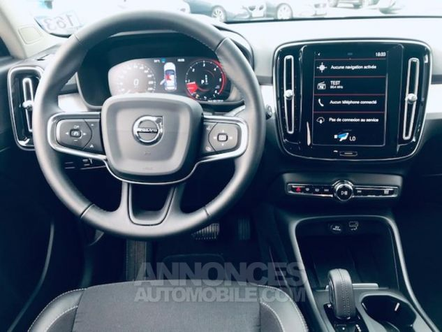 Volvo XC40 D3 AdBlue 150ch Momentum Geartronic 8 Noir Occasion - 5