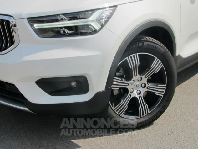 Volvo XC40 D4 AWD 190ch Inscription Geartronic 8 Blanc cristal Occasion - 6
