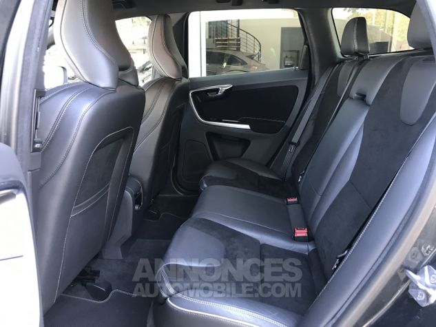 Volvo XC60 D4 181CH R-DESIGN GEARTRONIC Gris Fonce Occasion - 9