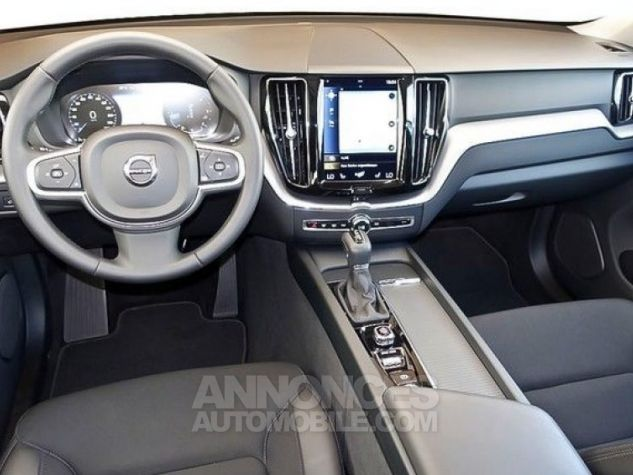 Volvo XC60 D4 190 ch Momentum Geartronic A NOIR Occasion - 4