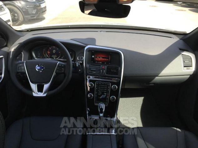 Volvo XC60 D4 190ch Initiate Edition Geartronic Argent Metal Occasion - 3