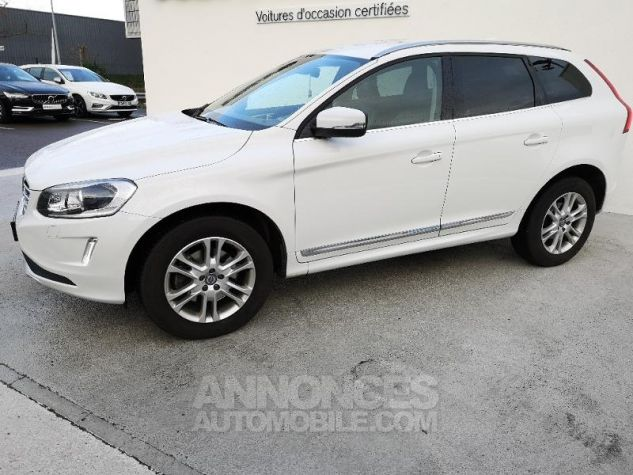Volvo XC60 D4 AWD 181ch Summum Geartronic BLANC CRYSTAL Occasion - 1