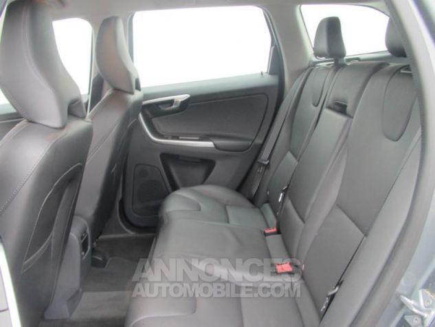 Volvo XC60 D4 AWD 190ch Summum Geartronic Bronze étincellant Occasion - 4