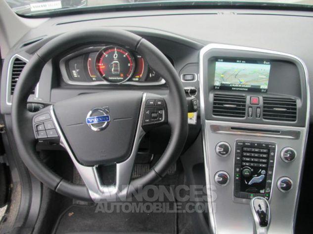 Volvo XC60 D4 AWD 190ch Summum Geartronic Bronze étincellant Occasion - 5