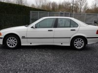 BMW Série 3 E36 318 is - <small></small> 6.200 € <small>TTC</small> - #4