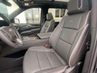 Cadillac ESCALADE 2021 ESV Sport V8 6.2L disponible sur parc - <small></small> 158.400 € <small>TTC</small> - #8