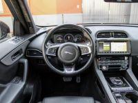 Jaguar F-Pace V6 3.0D 300ch S 4x4 BVA8 - <small></small> 51.950 € <small>TTC</small> - #32