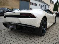 Lamborghini Huracan LP 610-4 Spyder, Caméra, Lift System, Sensonum, Film XPEL intégral - <small></small> 193.490 € <small>TTC</small> - #3