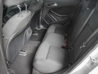 Mercedes Classe A 180 BE Edition / 1eigenr / Navi / Cruise / Pdc / Airco / Handsfree - <small></small> 18.995 € <small>TTC</small> - #15