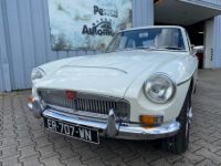 MG MGC GT 6 CYLINDRES 3 LITRES OVERDRIVE - <small></small> 26.500 € <small>TTC</small> - #1