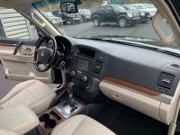Mitsubishi PAJERO 3.8 L V6 Essence GDI 250 CV Long Instyle BVA - <small></small> 22.500 € <small>TTC</small> - #11