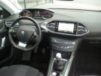 Peugeot 308 II 1.5 BlueHDi 130 1499 130cv ALLURE - <small></small> 16.990 € <small>TTC</small> - #9