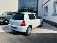 Renault Clio 1.5 dCi 65ch Dynamique 5p - <small></small> 3.950 € <small>TTC</small> - #3