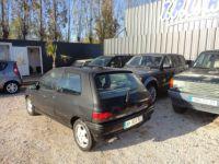 Renault Clio 1.8 110CH RSI 3P - <small></small> 2.200 € <small>TTC</small> - #5