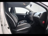 Toyota Aygo 1.0 VVT-i 69ch x-play 5p - <small></small> 8.290 € <small>TTC</small> - #15