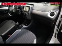 Toyota Aygo 1.0 VVT-i 72ch x-play 5p - <small></small> 10.290 € <small>TTC</small> - #2