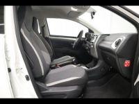 Toyota Aygo 1.0 VVT-i 72ch x-play x-shift 5p MY20 - <small></small> 12.990 € <small>TTC</small> - #10