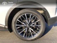 Toyota C-HR 122h Distinctive 2WD E-CVT - <small></small> 19.990 € <small>TTC</small> - #4