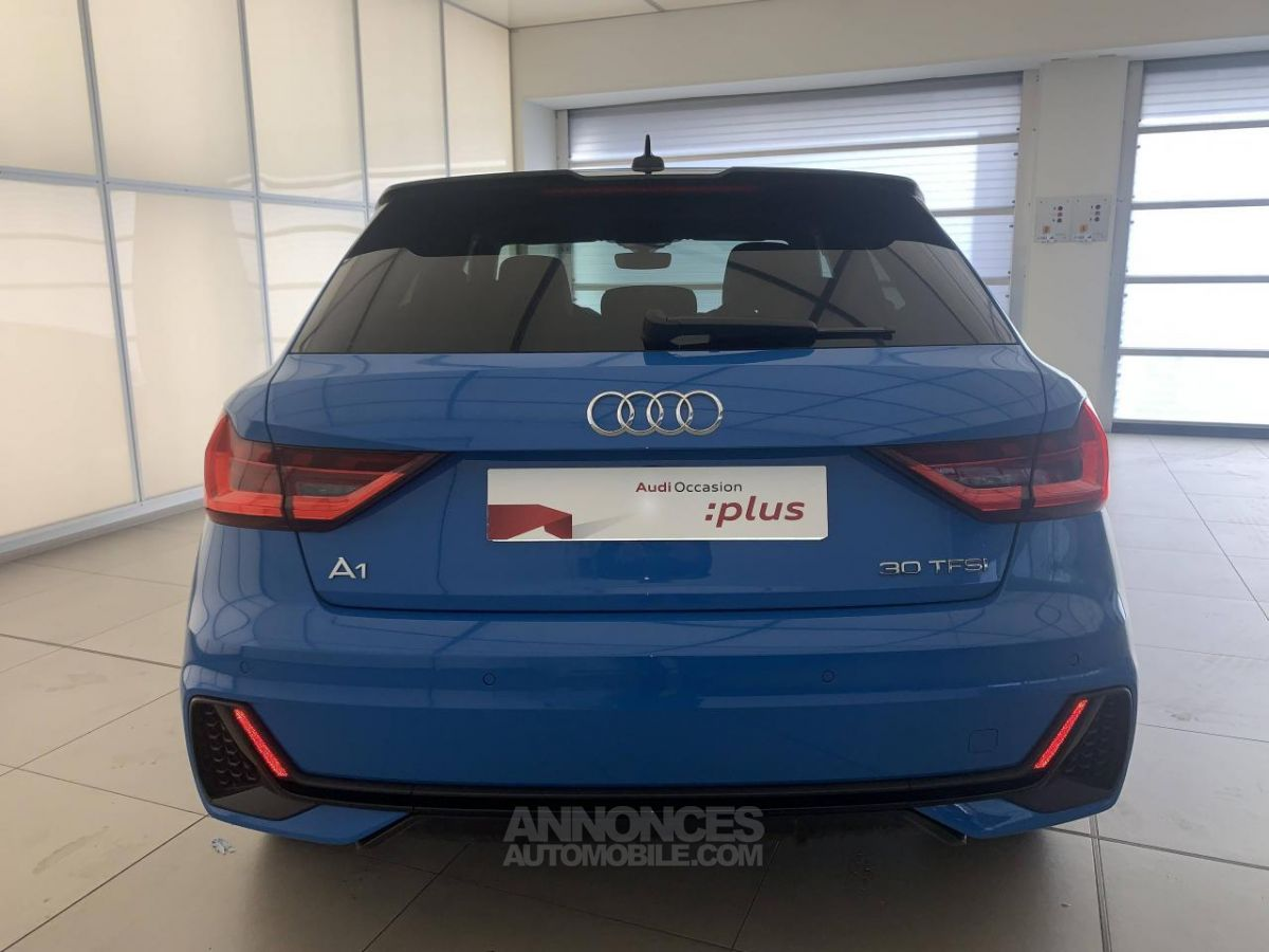 audi a1 30 tfsi 116 ch s tronic 7 turbo blue edition bleu. Black Bedroom Furniture Sets. Home Design Ideas
