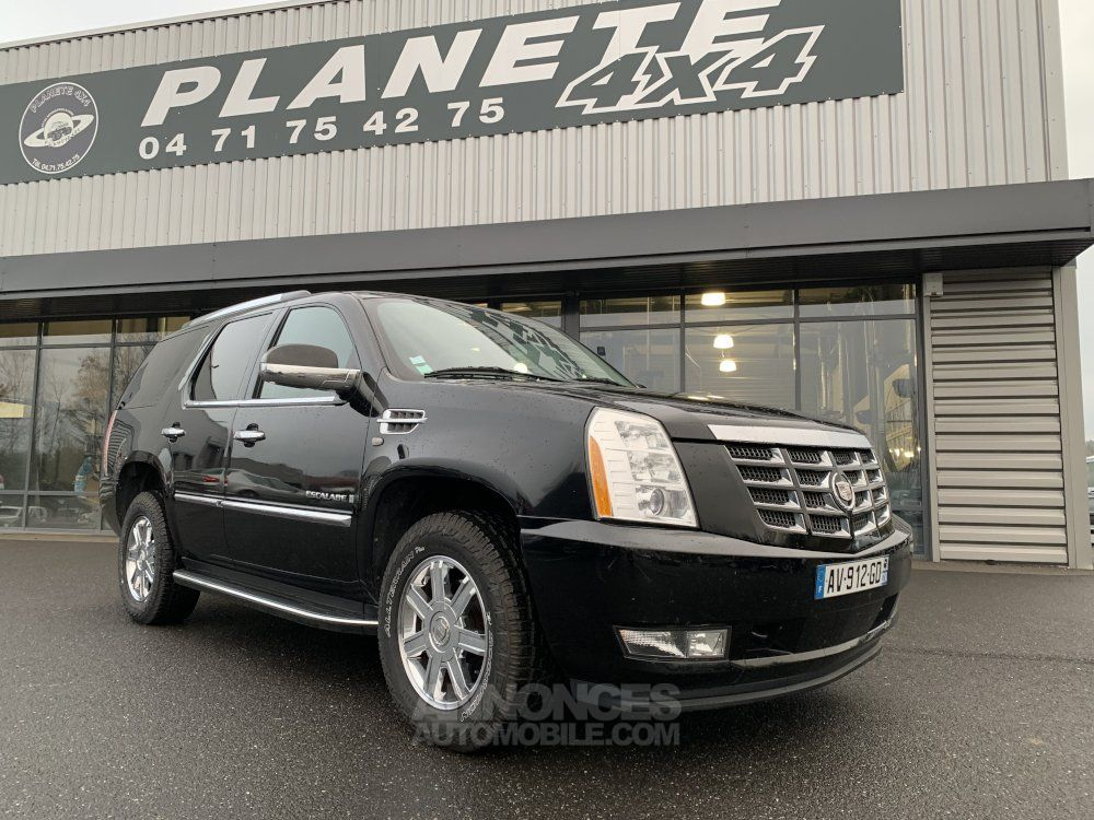 Cadillac ESCALADE 6.2 L V8 409 CV Luxury - <small></small> 27.500 € <small>TTC</small> - #1