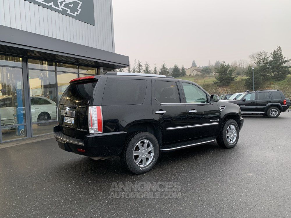 Cadillac ESCALADE 6.2 L V8 409 CV Luxury - <small></small> 27.500 € <small>TTC</small> - #4