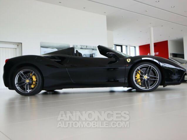 Ferrari 488 Spider Pack carbone Sport  - <small></small> 206.800 € <small>TTC</small> - #3