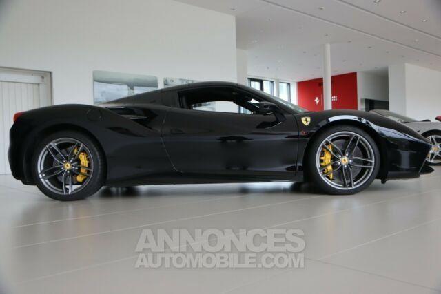 Ferrari 488 Spider Pack carbone Sport  - <small></small> 206.800 € <small>TTC</small> - #4