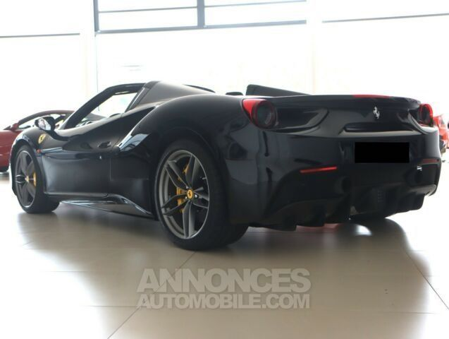 Ferrari 488 Spider Pack carbone Sport  - <small></small> 206.800 € <small>TTC</small> - #7