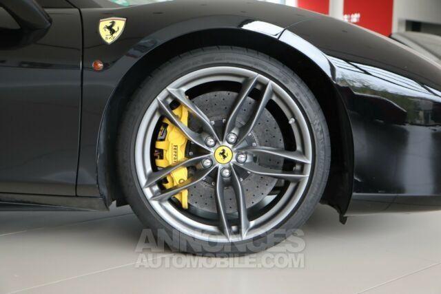 Ferrari 488 Spider Pack carbone Sport  - <small></small> 206.800 € <small>TTC</small> - #15