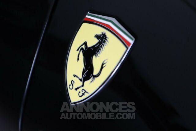Ferrari 488 Spider Pack carbone Sport  - <small></small> 206.800 € <small>TTC</small> - #17