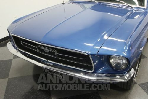 ford mustang 1967 bleu occasion paris 75 paris n 3928930 annonces automobile. Black Bedroom Furniture Sets. Home Design Ideas