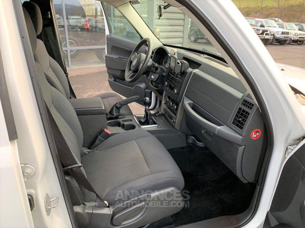 Jeep Cherokee KK 2.8 L CDR 200 CV Sport - <small></small> 16.700 € <small>TTC</small> - #15