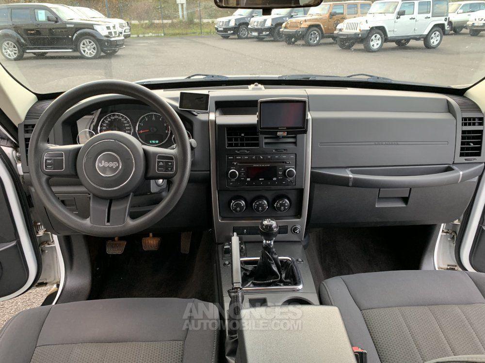 Jeep Cherokee KK 2.8 L CDR 200 CV Sport - <small></small> 16.700 € <small>TTC</small> - #16