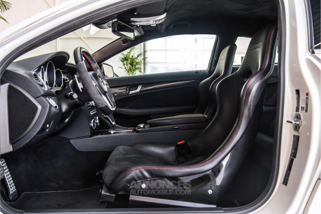 Mercedes Classe C 63 AMG COUPE BLACK SERIES - <small></small> 119.900 € <small>TTC</small> - #5
