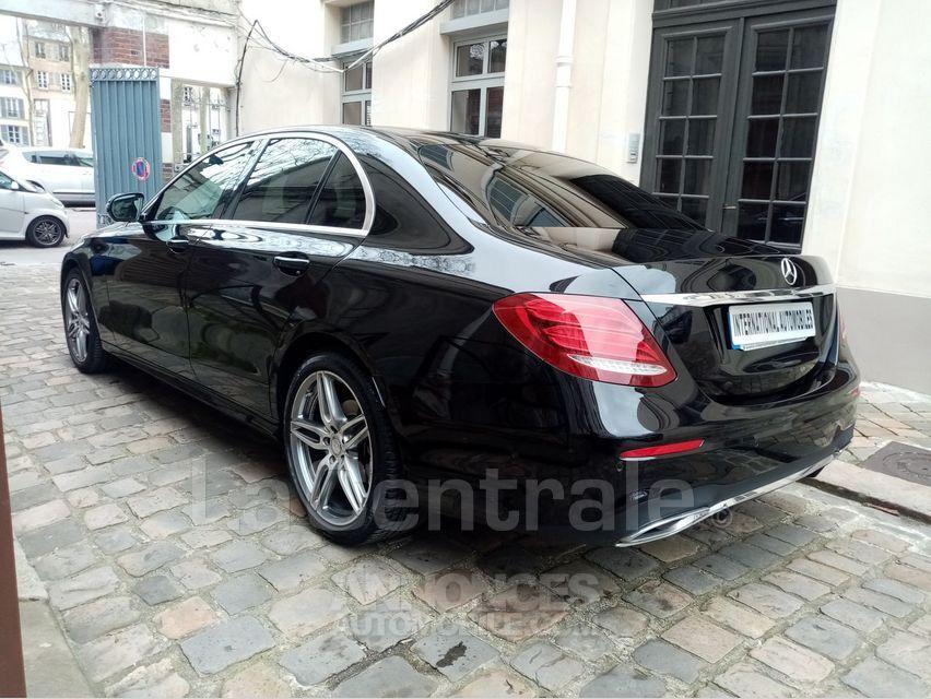 Mercedes Classe E 5 V 220 D SPORTLINE 9G-TRONIC - <small></small> 35.000 € <small>TTC</small> - #10