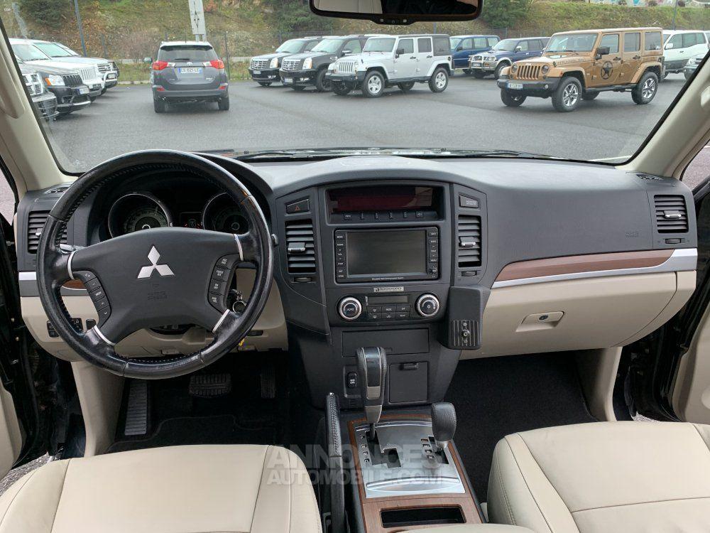 Mitsubishi PAJERO 3.8 L V6 Essence GDI 250 CV Long Instyle BVA - <small></small> 22.500 € <small>TTC</small> - #17