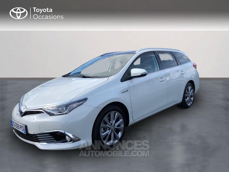 Toyota Auris Touring Sports HSD 136h Executive - <small></small> 16.490 € <small>TTC</small> - #1