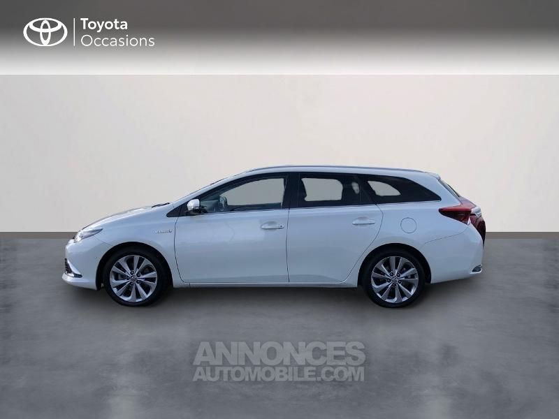 Toyota Auris Touring Sports HSD 136h Executive - <small></small> 16.490 € <small>TTC</small> - #3