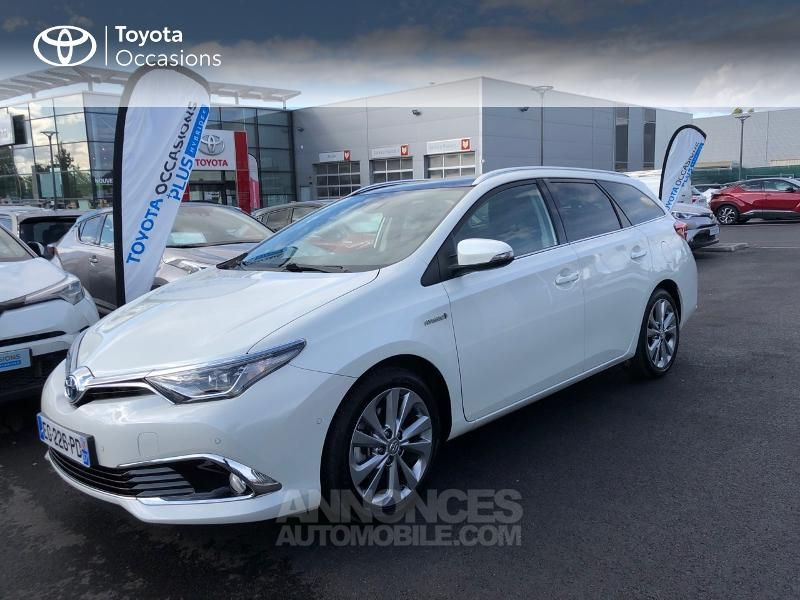 Toyota Auris Touring Sports HSD 136h Executive - <small></small> 16.490 € <small>TTC</small> - #20
