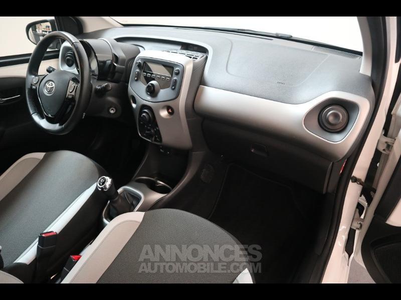 Toyota Aygo 1.0 VVT-i 69ch x-play 5p - <small></small> 8.290 € <small>TTC</small> - #14