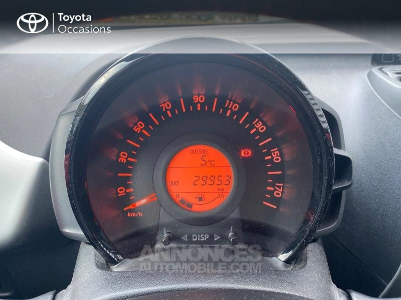 Toyota Aygo 1.0 VVT-i 69ch x-red 3p - <small></small> 8.290 € <small>TTC</small> - #14