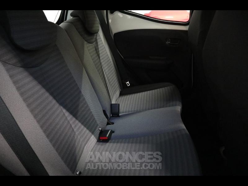 Toyota Aygo 1.0 VVT-i 72ch x-play 5p - <small></small> 10.290 € <small>TTC</small> - #16
