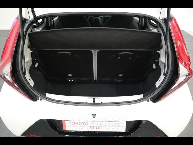 Toyota Aygo 1.0 VVT-i 72ch x-play 5p - <small></small> 10.290 € <small>TTC</small> - #17