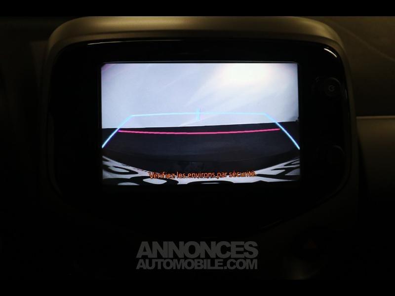 Toyota Aygo 1.0 VVT-i 72ch x-play 5p - <small></small> 10.290 € <small>TTC</small> - #19
