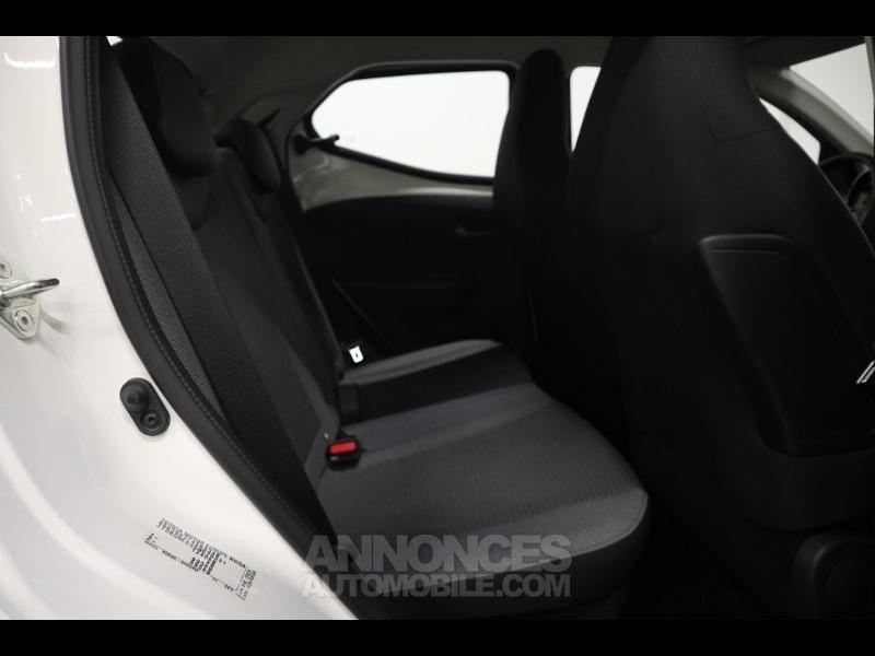 Toyota Aygo 1.0 VVT-i 72ch x-play x-shift 5p MY20 - <small></small> 12.990 € <small>TTC</small> - #4