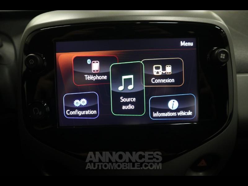 Toyota Aygo 1.0 VVT-i 72ch x-play x-shift 5p MY20 - <small></small> 12.990 € <small>TTC</small> - #15