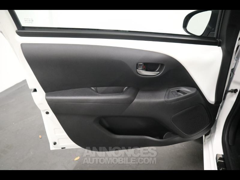 Toyota Aygo 1.0 VVT-i 72ch x-play x-shift 5p MY20 - <small></small> 12.990 € <small>TTC</small> - #19